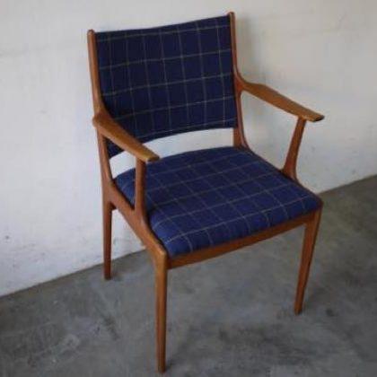 デンマーク家具、ビンテージ家具、チーク家具、デンマーク家具、ヨハネスアンダーソン、UM85,アームチェア