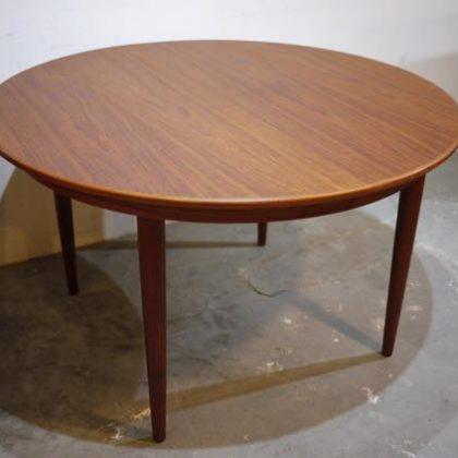 北欧中古家具、ビンテージ家具、デンマーク家具、チーク家具、ラウンドダイニングテーブル
